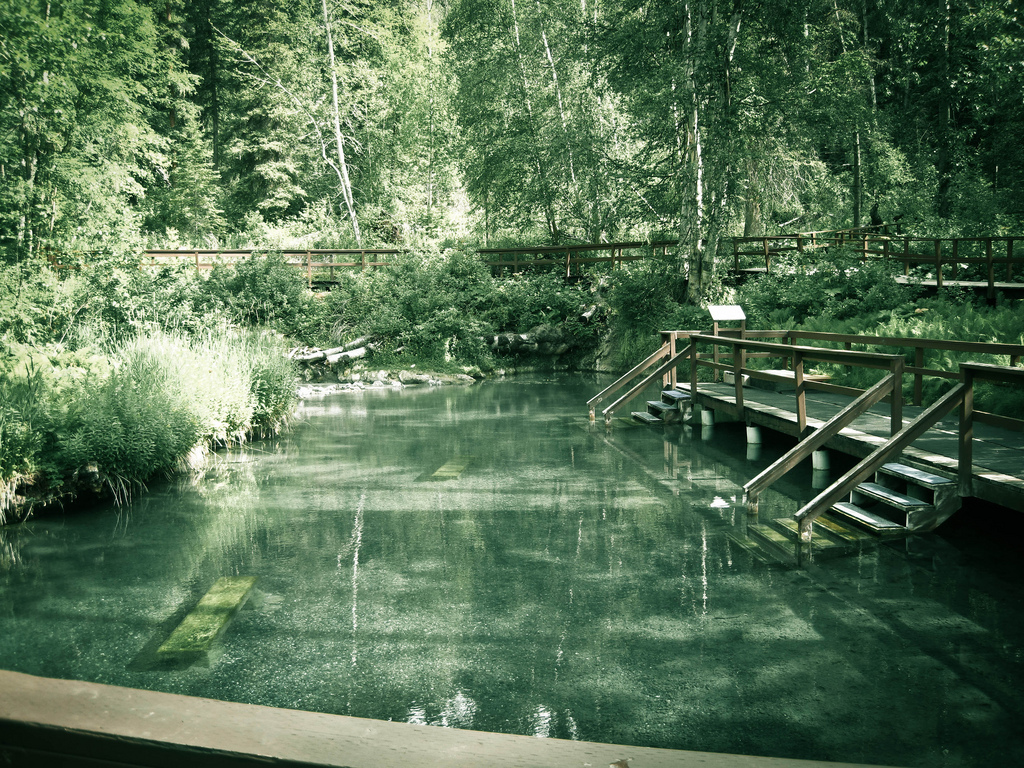 alaska highway liard hot springs