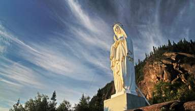 sentier de la statue